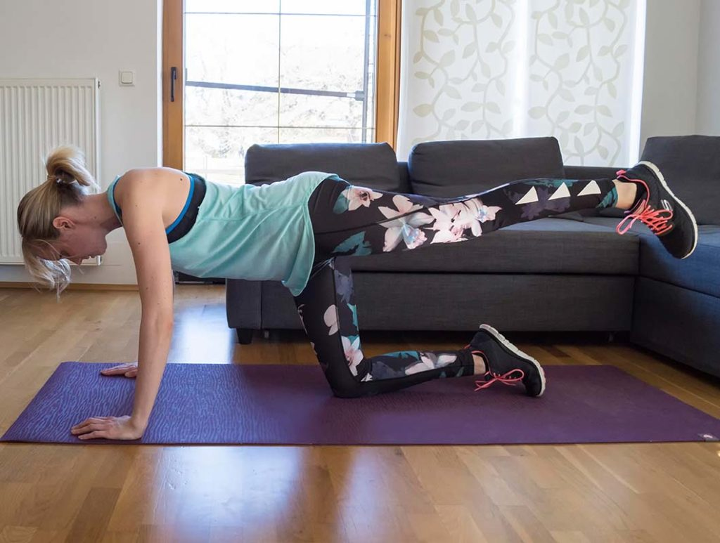 Vierfüßler-Stand: Effektive Po Übungen