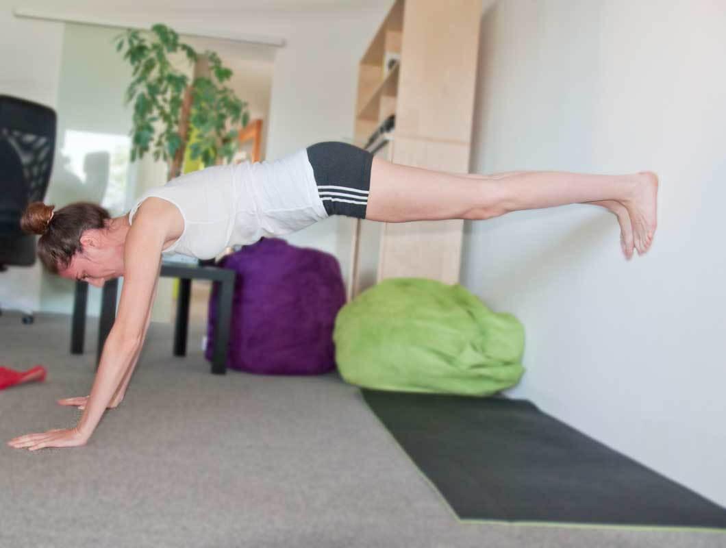 übungen zum abnehmen am bauch und oberschenkel für zuhause