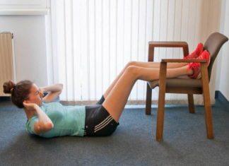 Sit ups mit Sessel