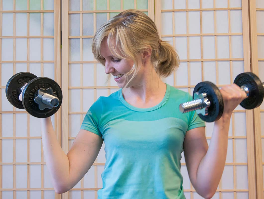 Frauen Muskelherrschaft von Männern