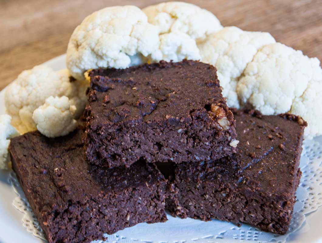 blumenkohl brownies gesund lecker und super schokoladig we go wild. Black Bedroom Furniture Sets. Home Design Ideas