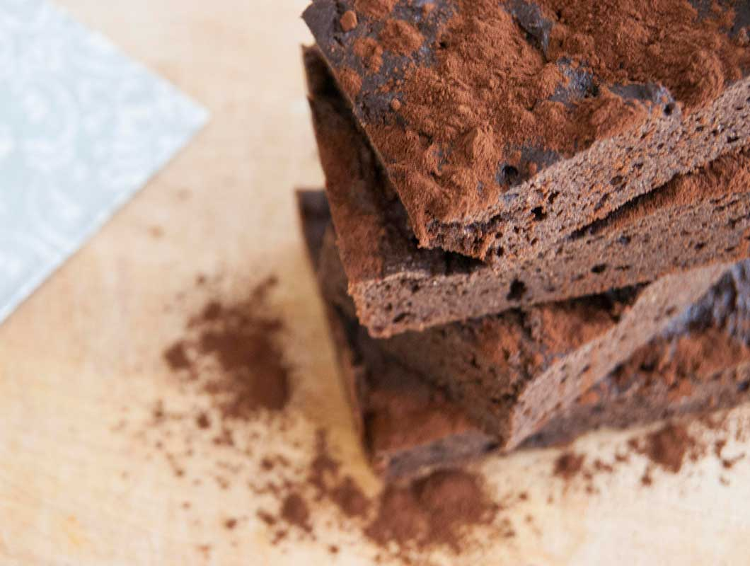 2x saftiges protein brownies rezept mit bohnen und apfelmus. Black Bedroom Furniture Sets. Home Design Ideas