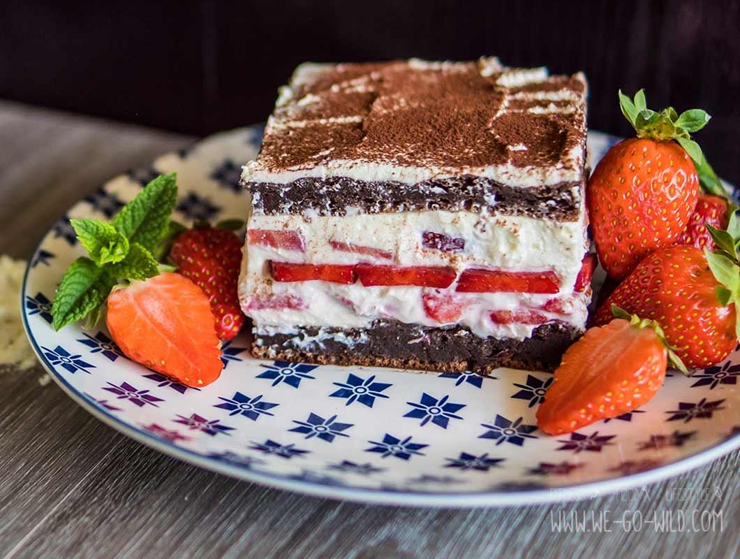 fruchtiges fitness dessert protein erdbeer tiramisu mit quark. Black Bedroom Furniture Sets. Home Design Ideas