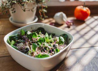 Ernährung während der Zeitumstellung: Viele Vitamine und leichte Kost