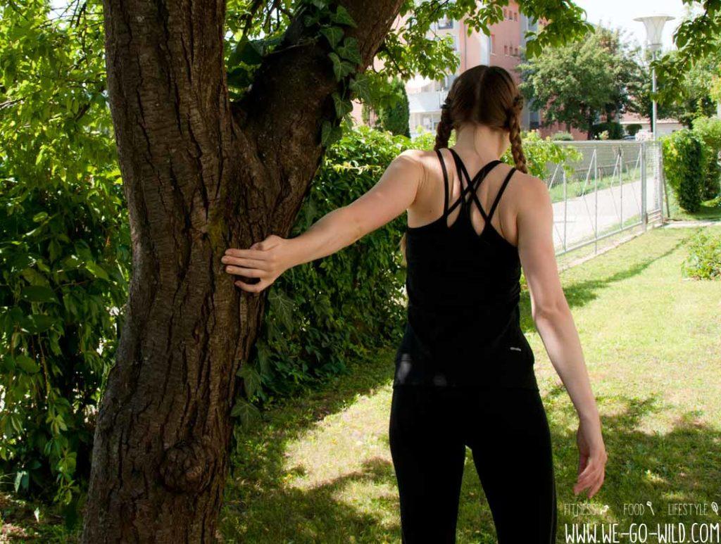 Cool Down Abwärm Übungen für die Schultern