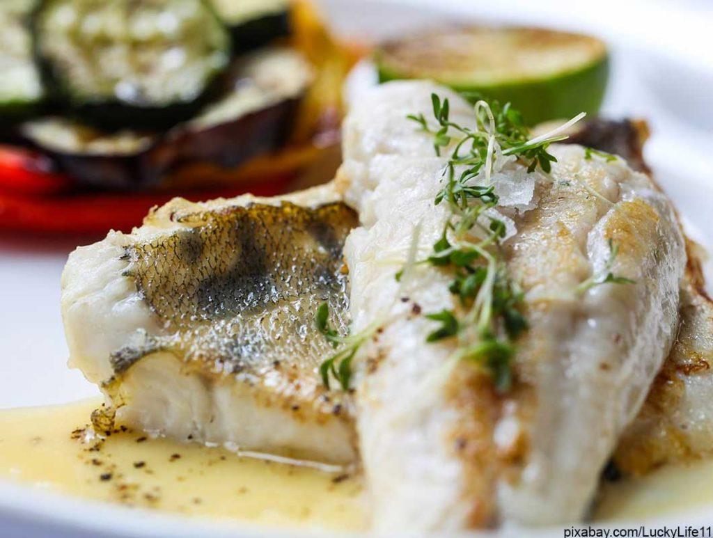 Lebensmittel mit wenig Kalorien: Fettarmer Fisch