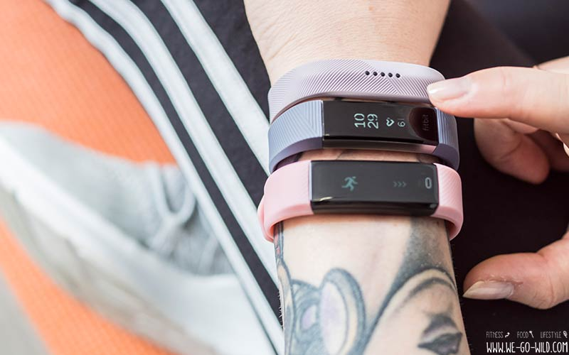 gro er smart armband vergleich 3 fitness tracker f r frauen im test. Black Bedroom Furniture Sets. Home Design Ideas