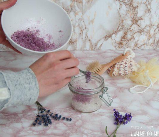 Badesalz selber machen mit Lavendel gegen Muskelkater
