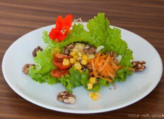 Salat Wraps mit Hummus