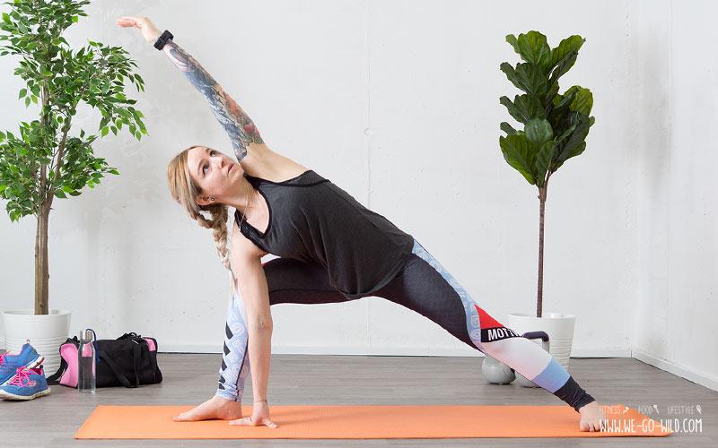 Yoga am Morgen für mehr Energie nach dem Aufstehen: Der seitliche Winkel